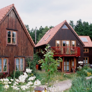 Findhorn eco village community