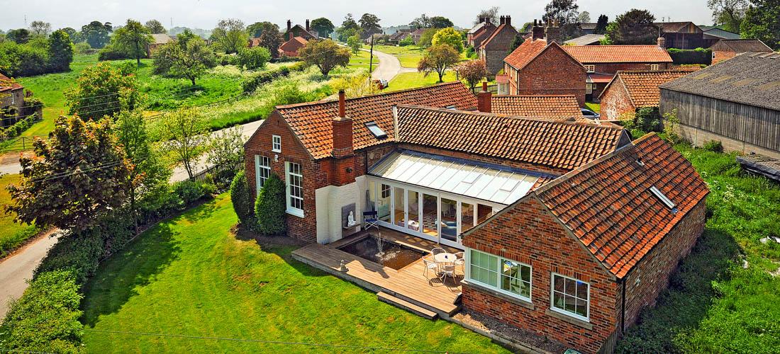 School-House-Harton-Yorkshire-Eco-Renovation-1-1100x500
