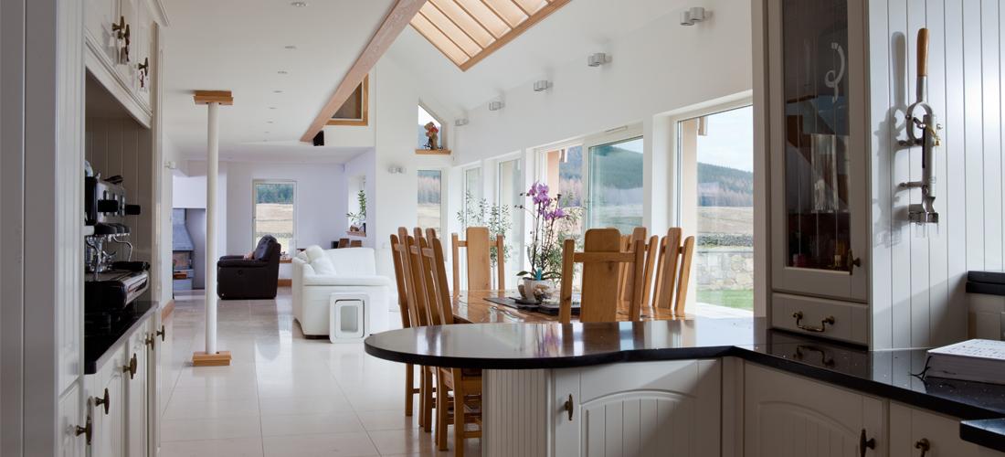 Lanarkshire-Eco-House-8-1100x500